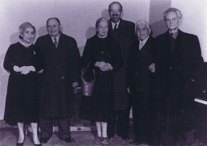 Dolores Carrillo (daughter of Julian Carrillo), Alois Hába, Mrs A. Fokker, Prof. Adrian Fokker, Julian Carrillo, Ivan Wyschnegradsky